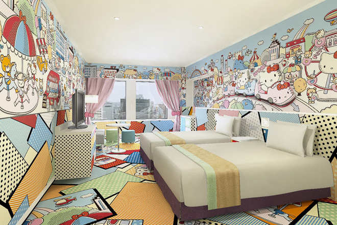 Where to stay in Tokyo with Kids- Hello Kitty Hotel pop art kitty