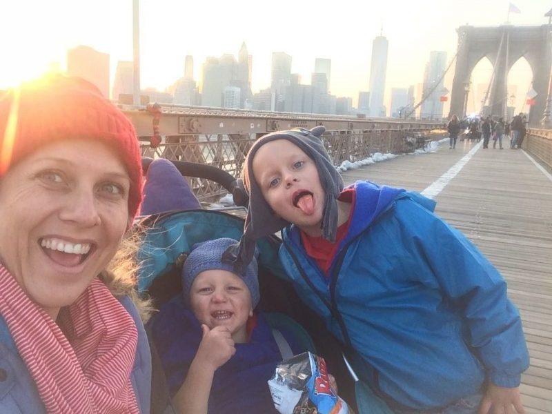 single mom travel new york brooklyn bridge
