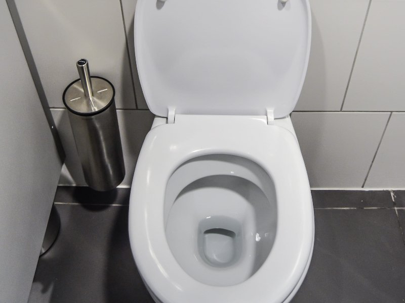 find a toilet in london pic 800