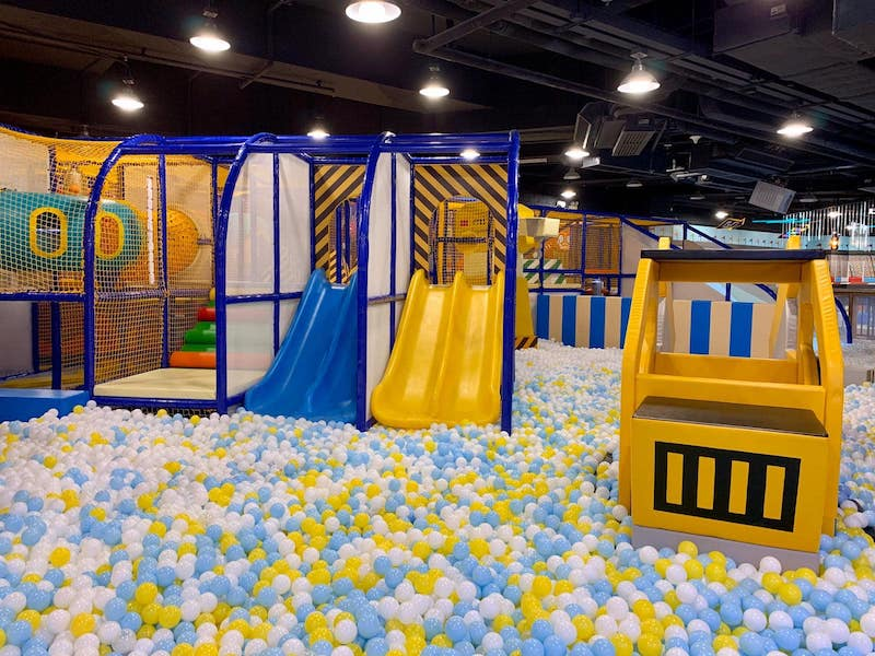 jumping gym ball pit by fb