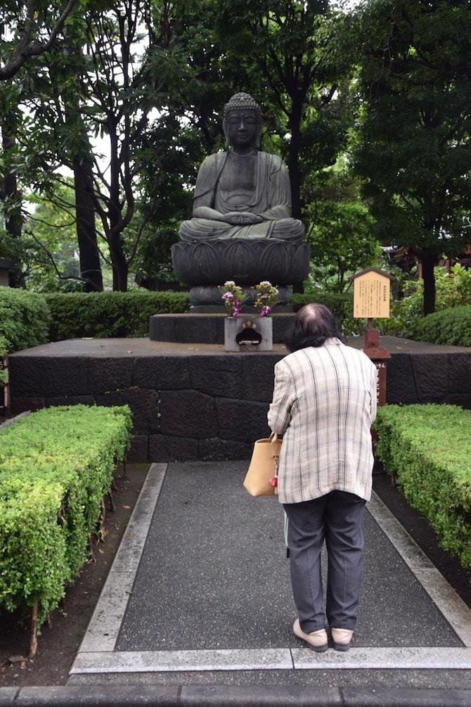 asakusa things to do buddha