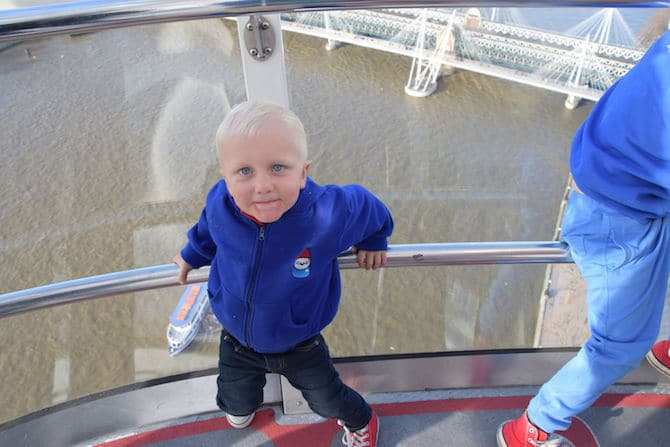 london eye experience for children going up