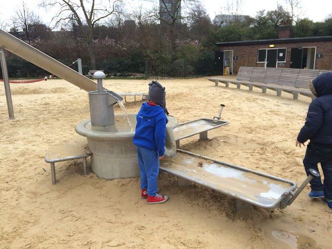 marylebone green playground water play