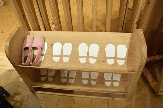 muji shibuya playroom shoe rack