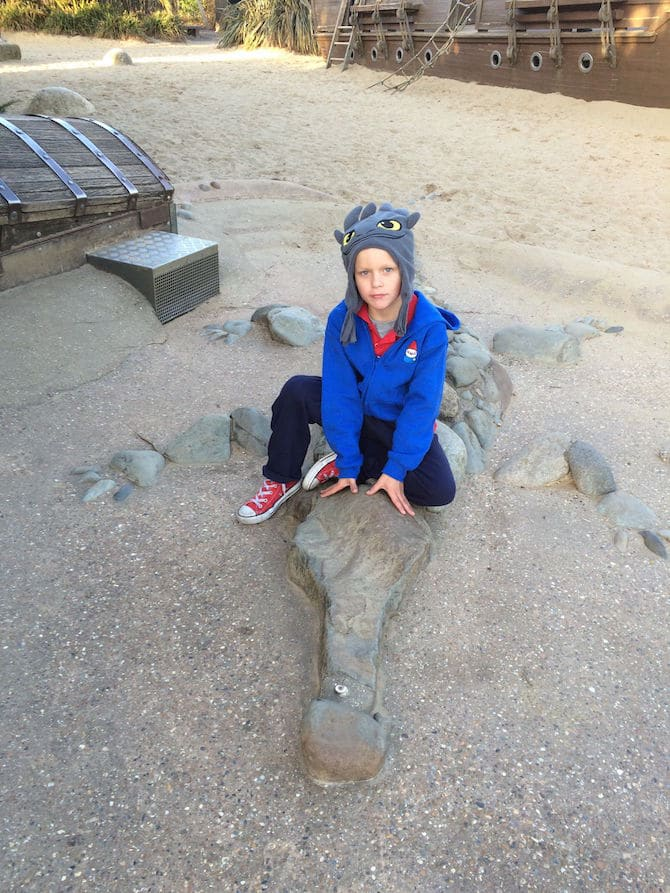 pVisit ROAM THE GNOME Family Travel Website Directory for SUPER DOOPER FUN ideas for family vacations around the world. Search by city. Photo- Pirate Park Playground at Princess Diana Memorial playground Hyde Park crocodile