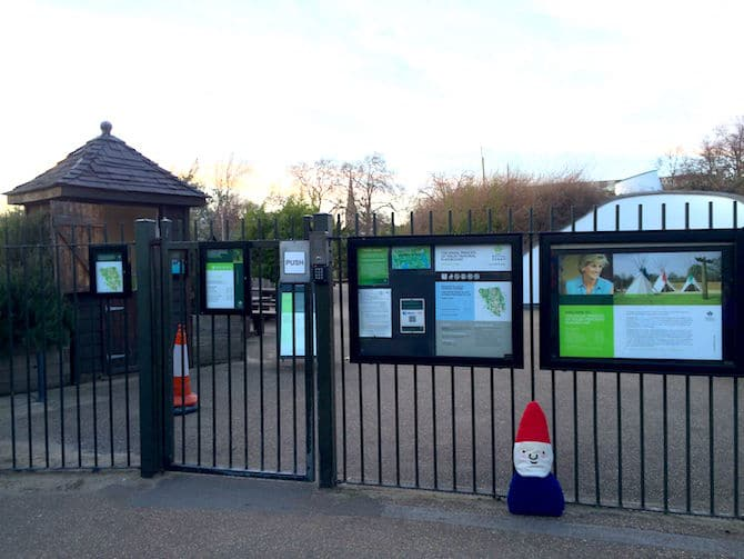 Visit ROAM THE GNOME Family Travel Website Directory for SUPER DOOPER FUN ideas for family vacations around the world. Search by city. Photo- Pirate Park Playground at Princess Diana Memorial playground Hyde Park entry gates