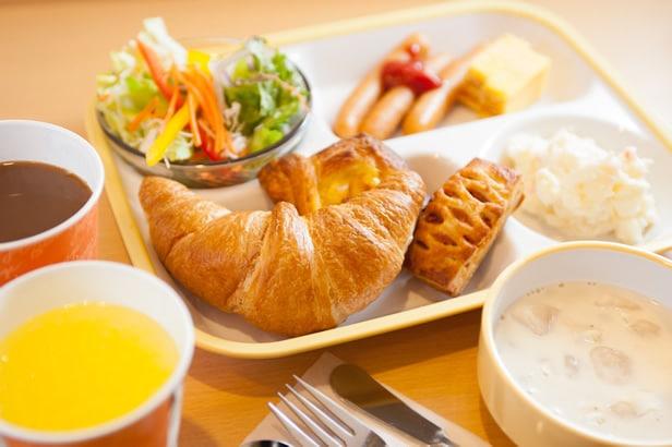 Super Hotel Shinjuku Kabukicho Review hot breakfast