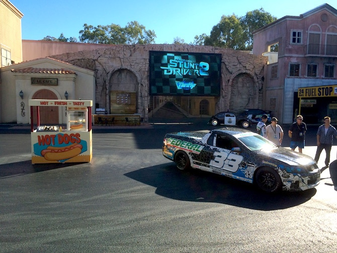 toddlers at movieworld stunt driver show pic