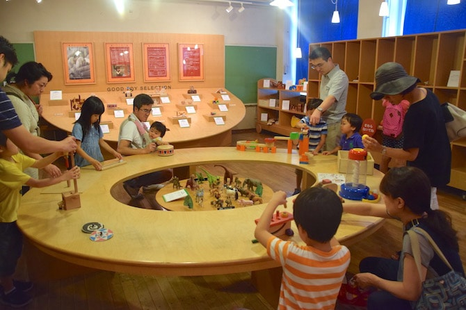 tokyo toy museum room2