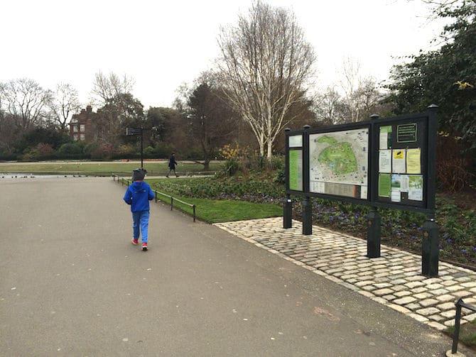 regents park playground hanover gate sign