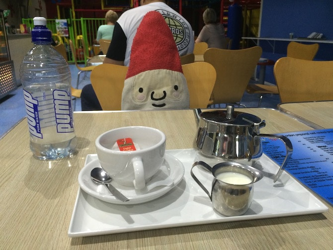 Kidz-N-Play-Robina-indoor-Play-Centre-cafe-tea