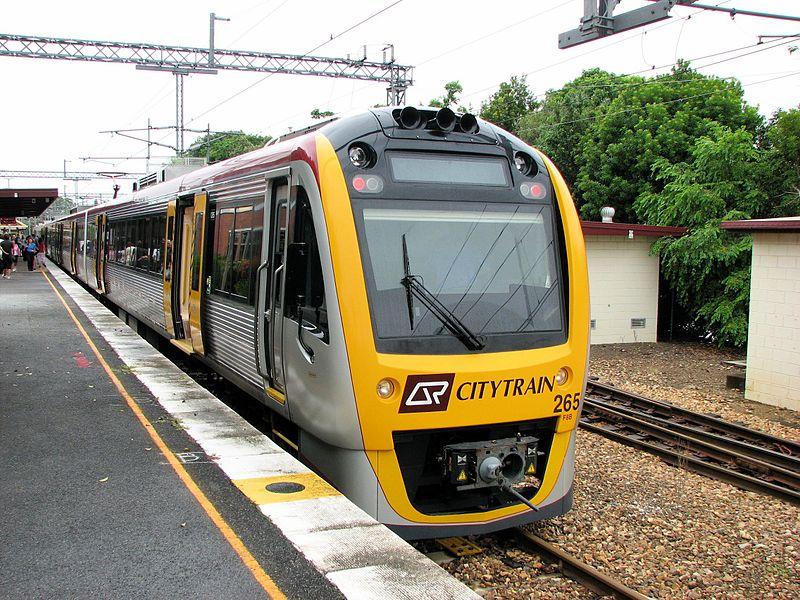 qld rail train to robina town centre pic 800