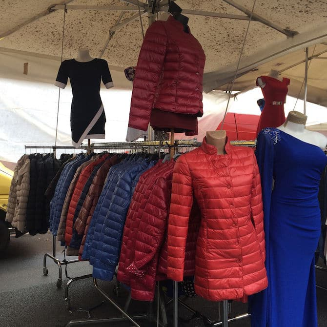 Porta Portese Market in Trastevere for Puffer Jackets. Visit www.roamthegnome.com. Our Family Travel Directory for MORE SUPER DOOPER FUN ideas for family-friendly weekend adventures and travel with kids, all over the world. Search by city. Rated by kids and our travelling Gnome.