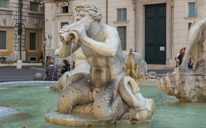 famous roman statues - things to do in piazza navona