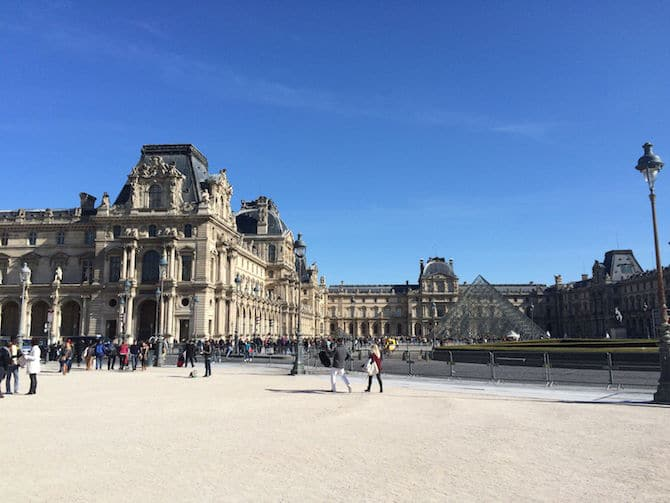 Visiting the Louvre pyramid with kids