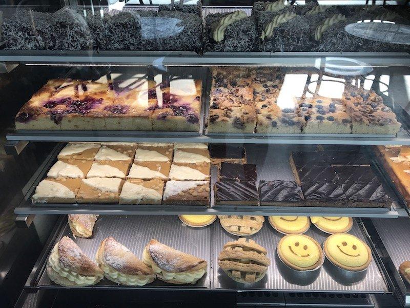 Brunswick Heads Bakery cakes cabinet pic
