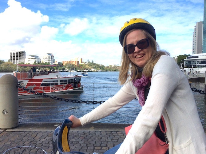 FREE City Cycle Bicycle Hire Brisbane with views of Brisbane River pic