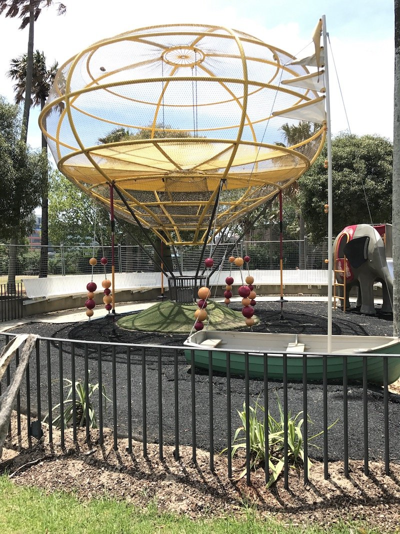 photo - Prince Alfred Park Playground_hot air balloon