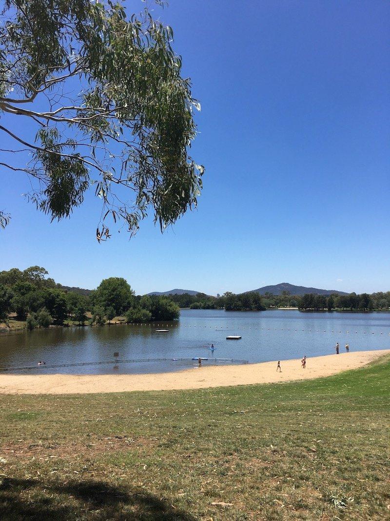 Weston Park Yarralumla Canberra swimming spot pic