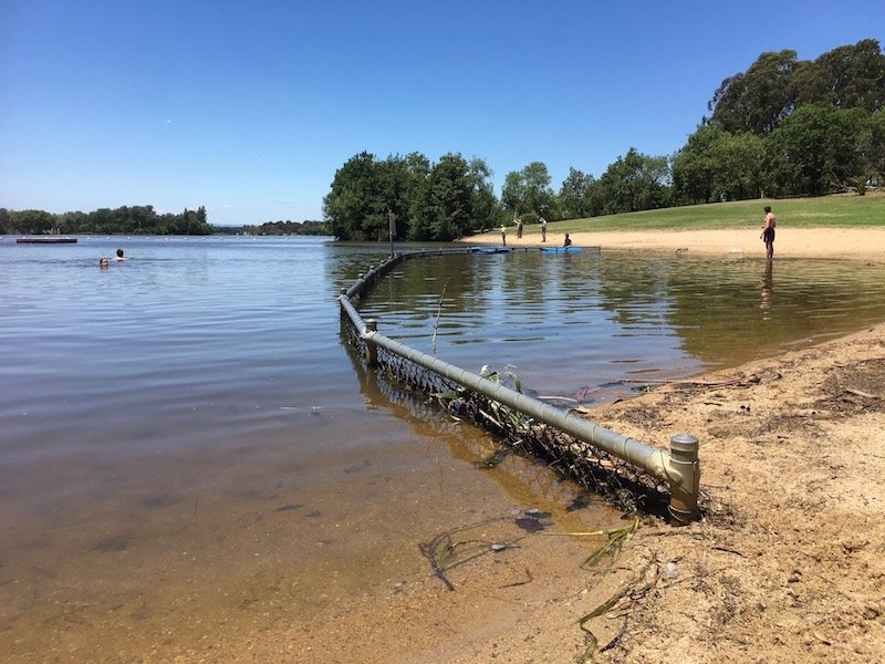 Weston Park Yarralumla Canberra swimming enclosure pic