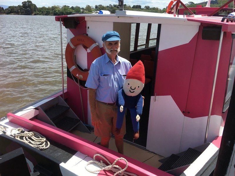 lake burley griffin cruises MV gull boat with Jim captain pic