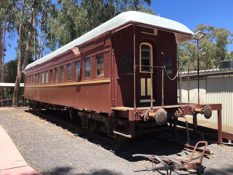 yarralumla play station train carriage pic