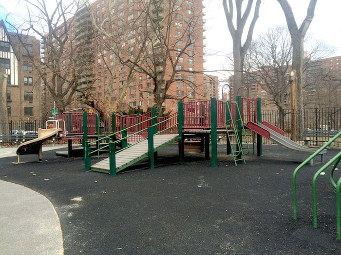 Visit ROAM THE GNOME Family Travel Website Directory for SUPER DOOPER FUN ideas for family vacations around the world. Search by city. Photo - The Rudin Family Playground Central Park fort