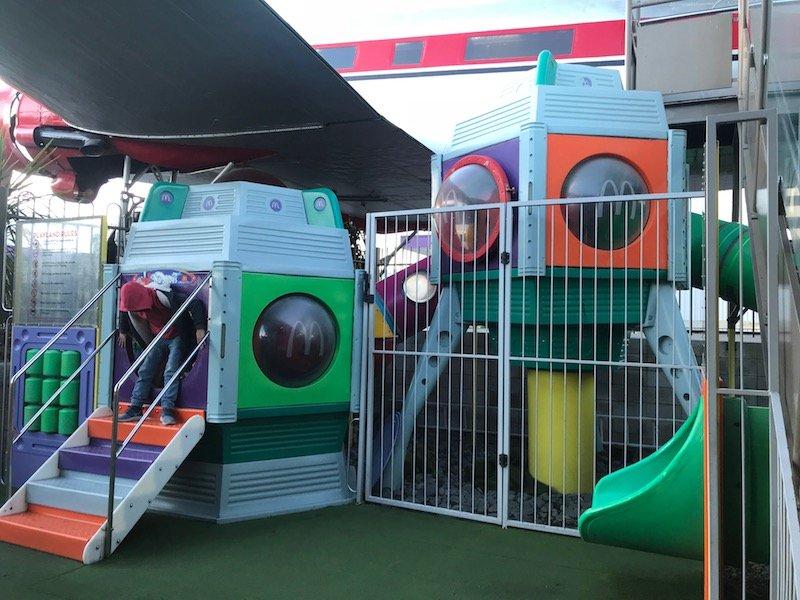 photo - mcdonalds taupo childrens playground