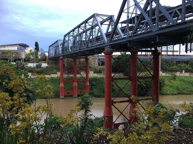 photo - riverheart parklands bremer river bridge