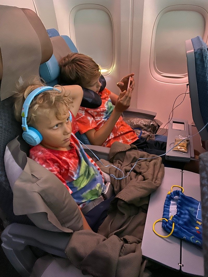 singapore airlines movies & games pic 800