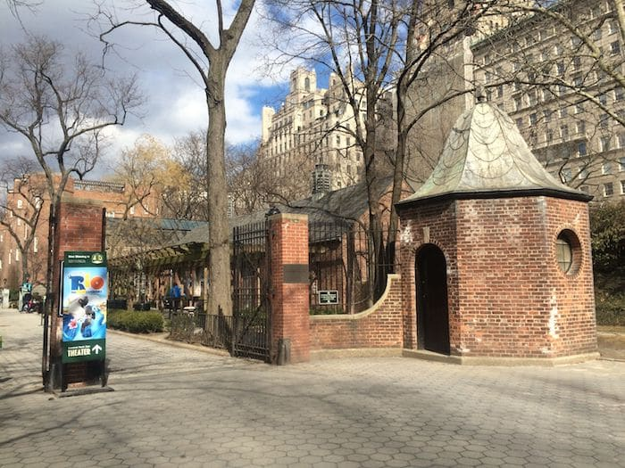 Central Park Zoo is the Best zoo in new york. ROAM THE GNOME Family Travel Website. Hundreds of fun ideas and activities to help you plan and book your next family vacation or weekend adventure.