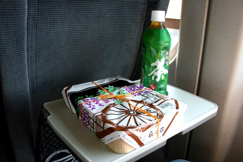 breakfast bento on the shinkansen train pic by christian kadluba