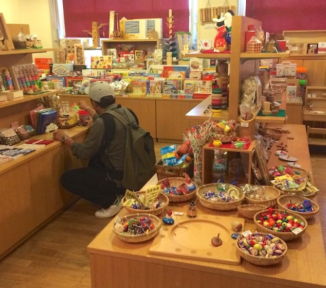 image - tokyo toy museum shop gadgets