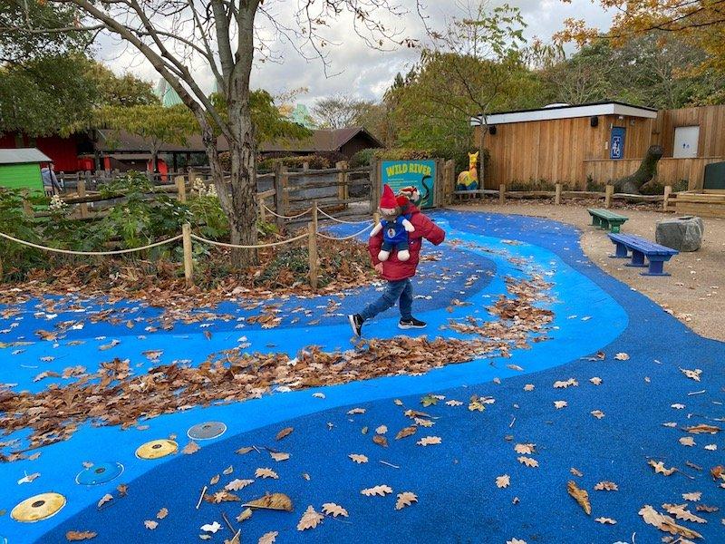image - london zoo wild river playground dry