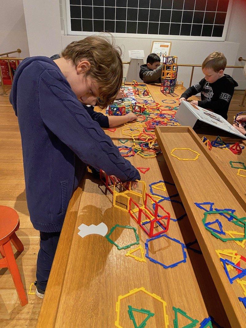 image - wonderland science museum london maths area