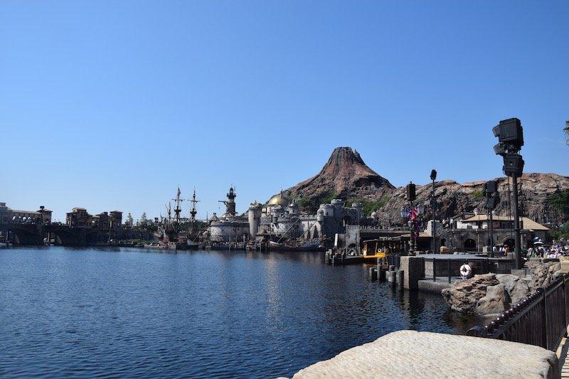 tokyo disney sea mediterranean harbor pic 800