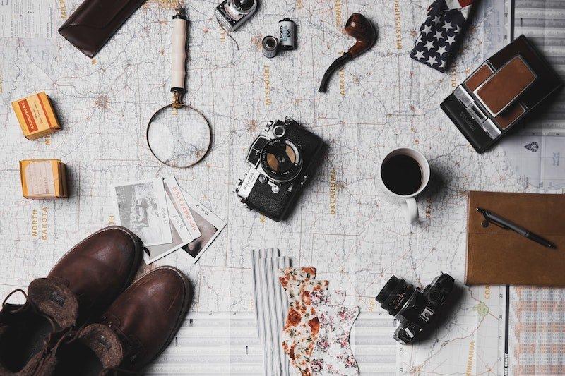 image - best travel accessories by ian dooley unsplash