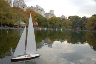 image - central park sailboats central park