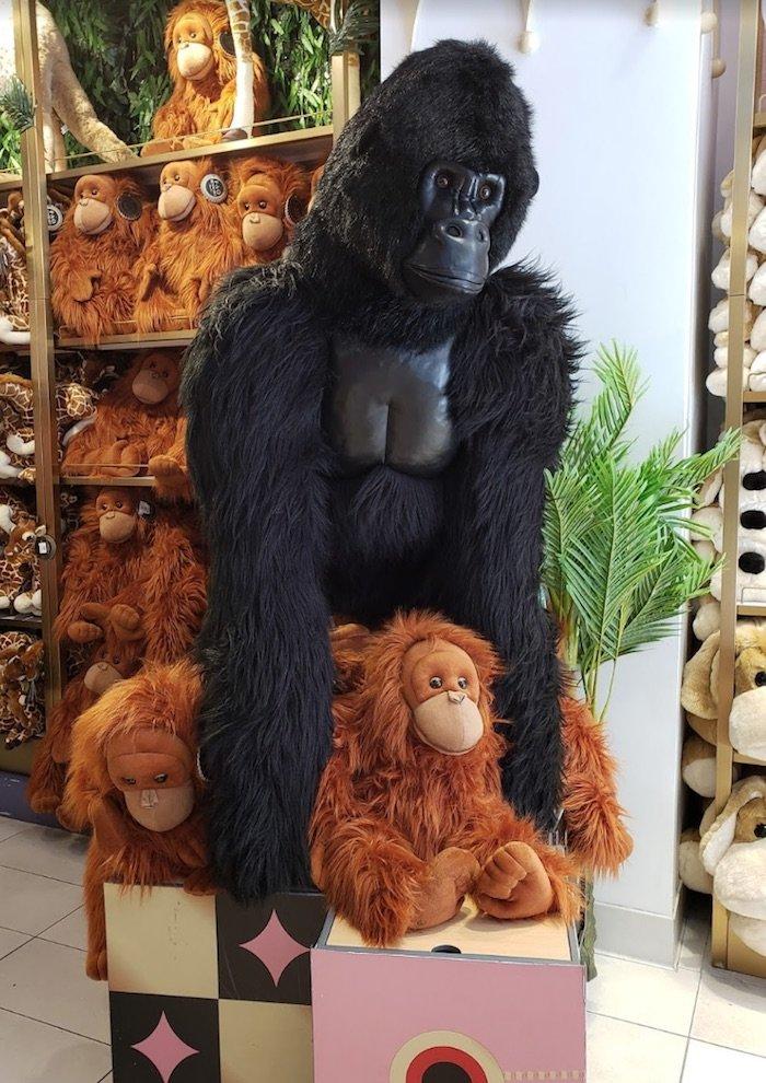 image - fao schwarz gorilla by country boy