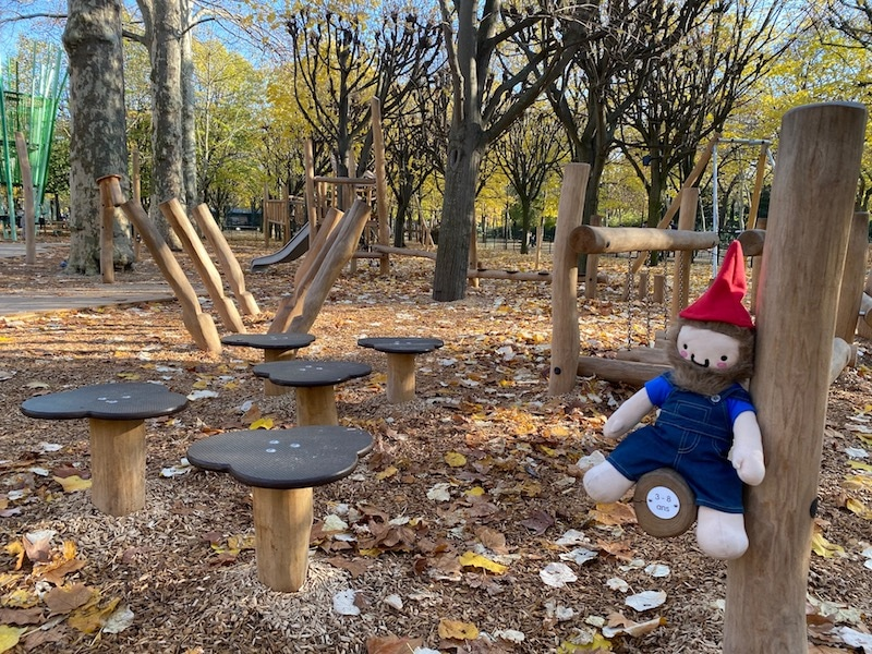 jardin du luxembourg playground bridge