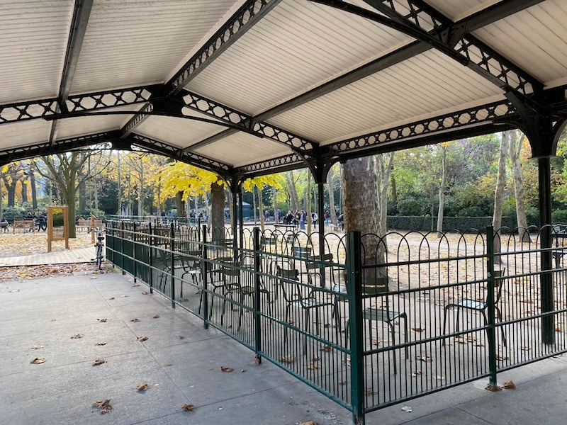 jardin du luxembourg playground pram parking pic