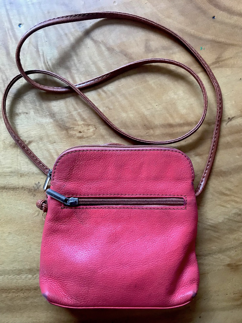 italian leather handbags in rome - small tote