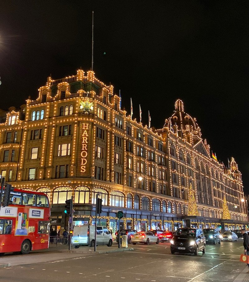 harrods at night 2019