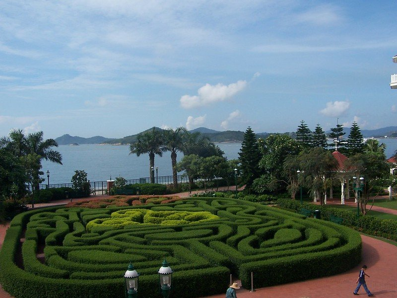 hong kong disneyland hotel maze image by joel