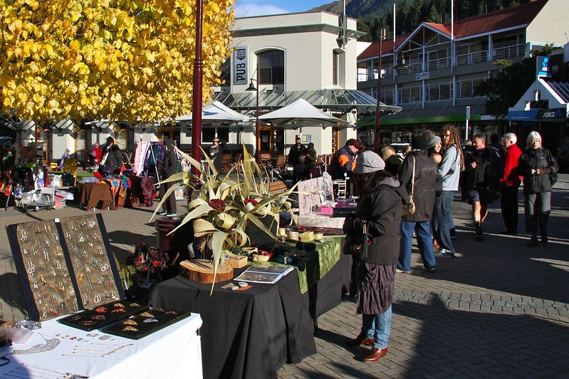 queenstown market saturday pic by itravel nz