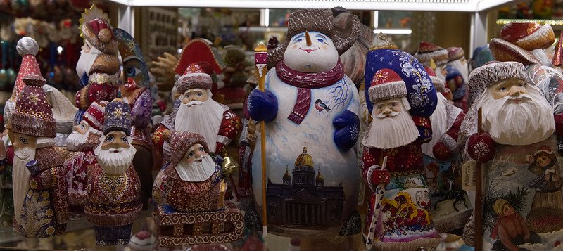 st petersburg christmas decorations pic by ronnie macdonald