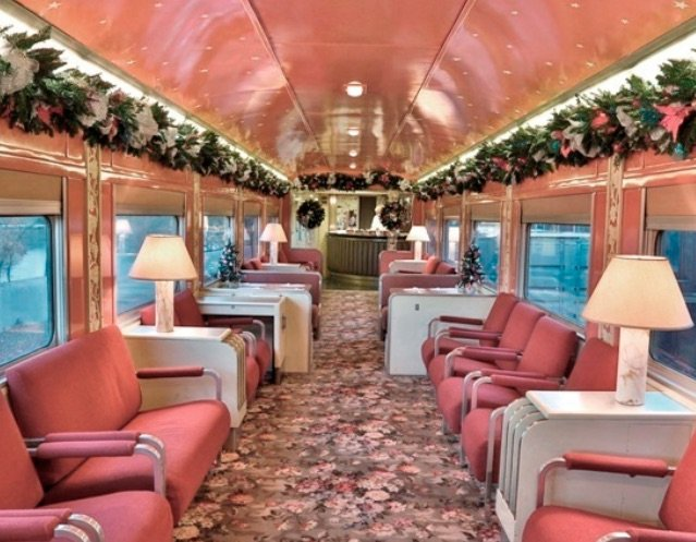 french-quarter-lounge-car-sacramento-california