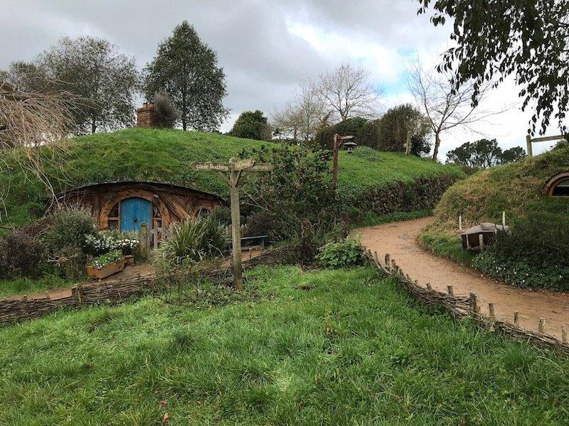 hobbiton movie set tours in new zealand - LOTR landscape