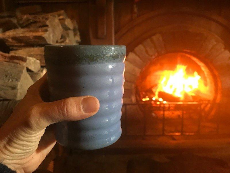 hobbiton movie set tours in new zealand - green dragon inn pub drink pic