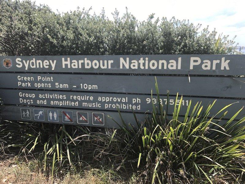 photo - camp cove beach sydney harbour national park sign